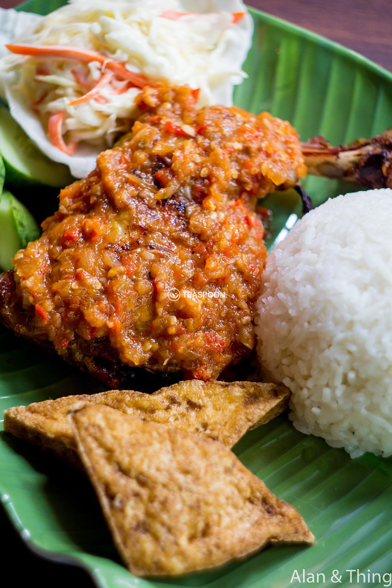 main-dish-ayam-penyet-sambal-tomato-(1)