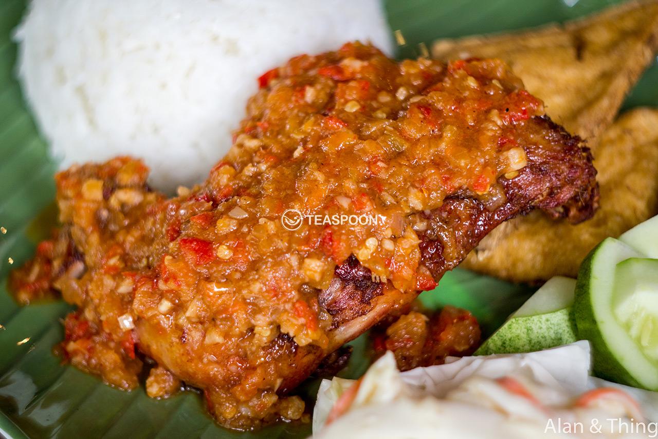 main-dish-ayam-penyet-sambal-tomato-(2)