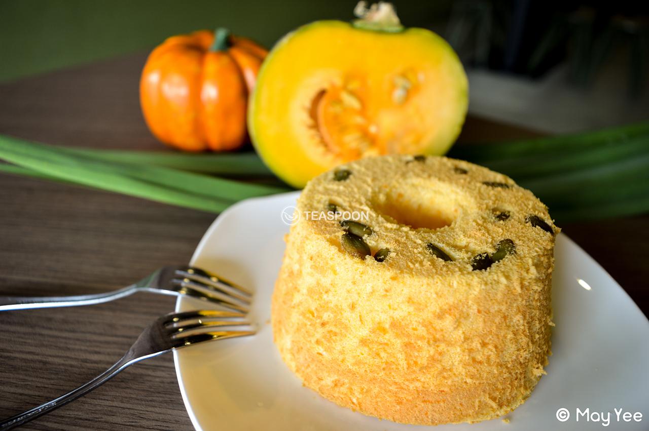 Pumpkin Chiffon Cake (2)