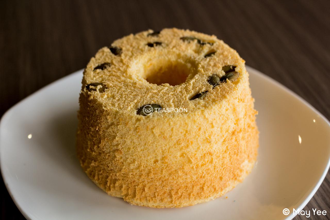 Pumpkin Chiffon Cake (6)