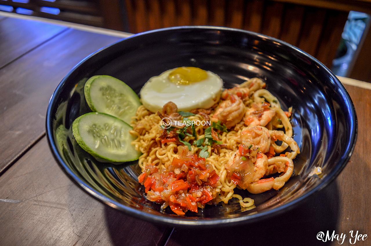 Indoshiok Seafood Pedas (3)