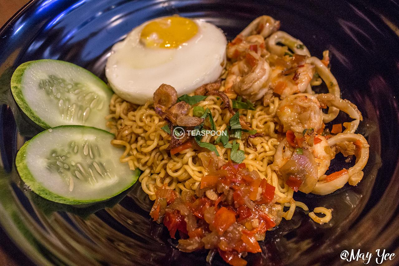 Indoshiok Seafood Pedas (4)