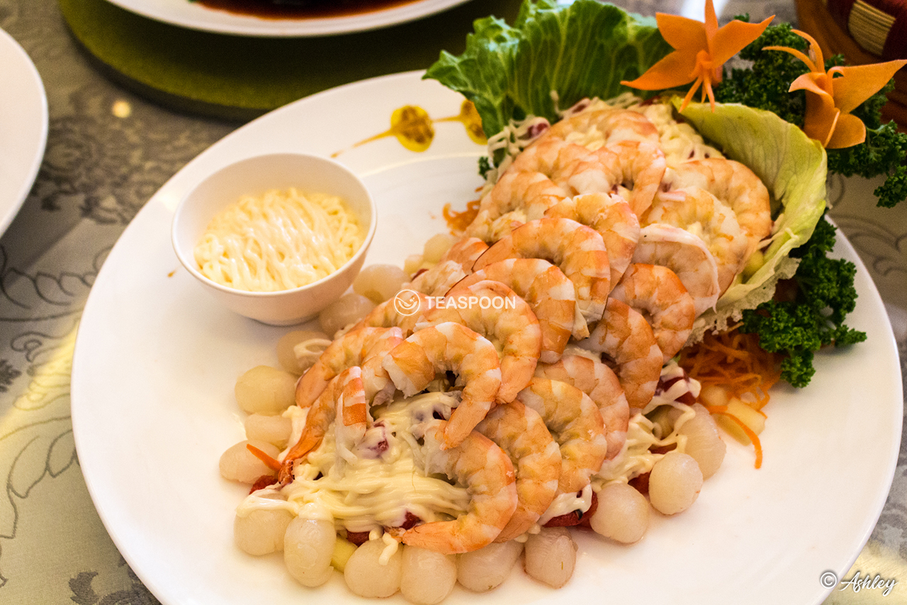 Prawn w Salad Fruits