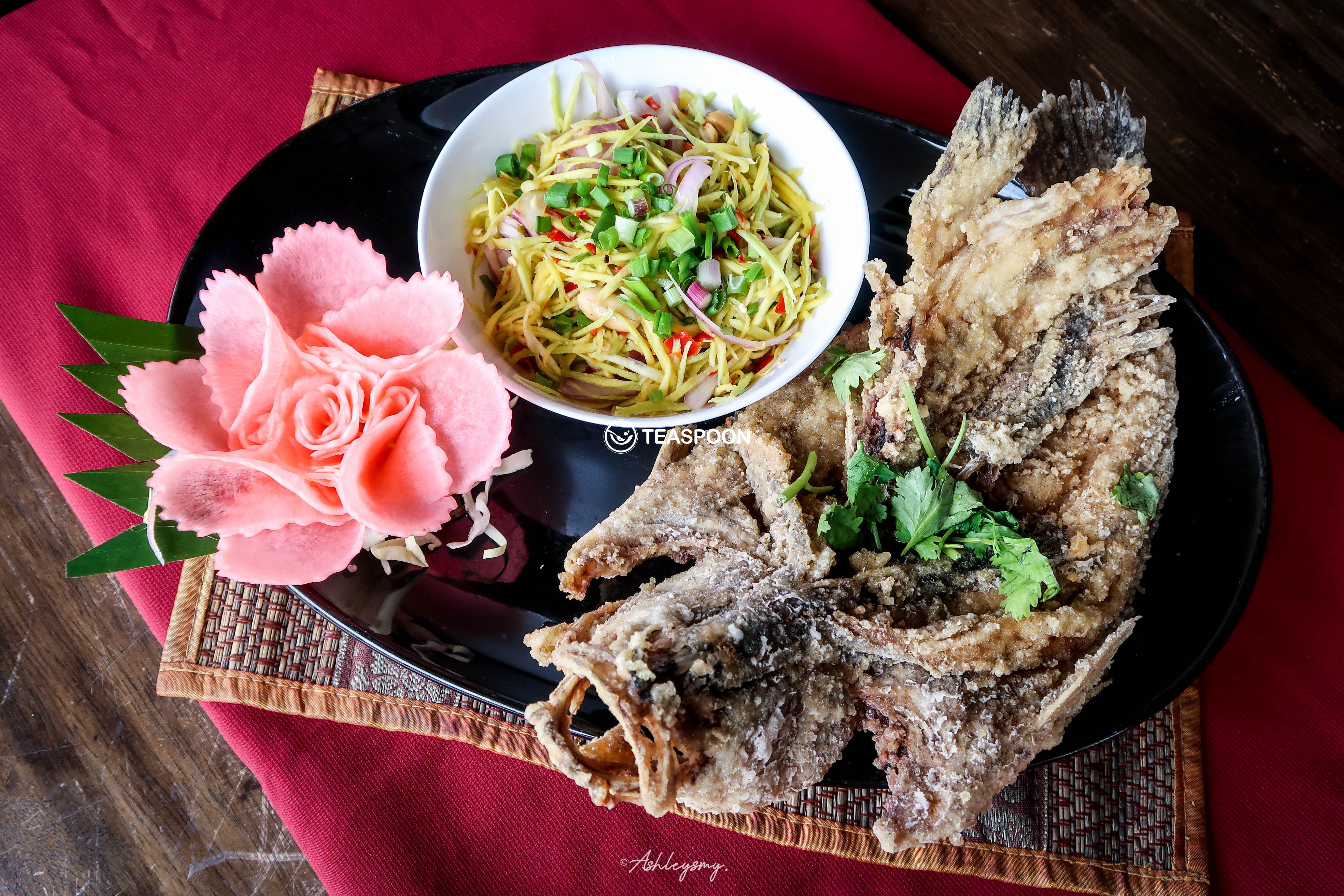 Deep Fried Whole Fish w Mango Salad