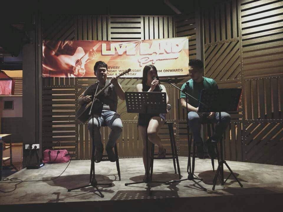 Live band (2)