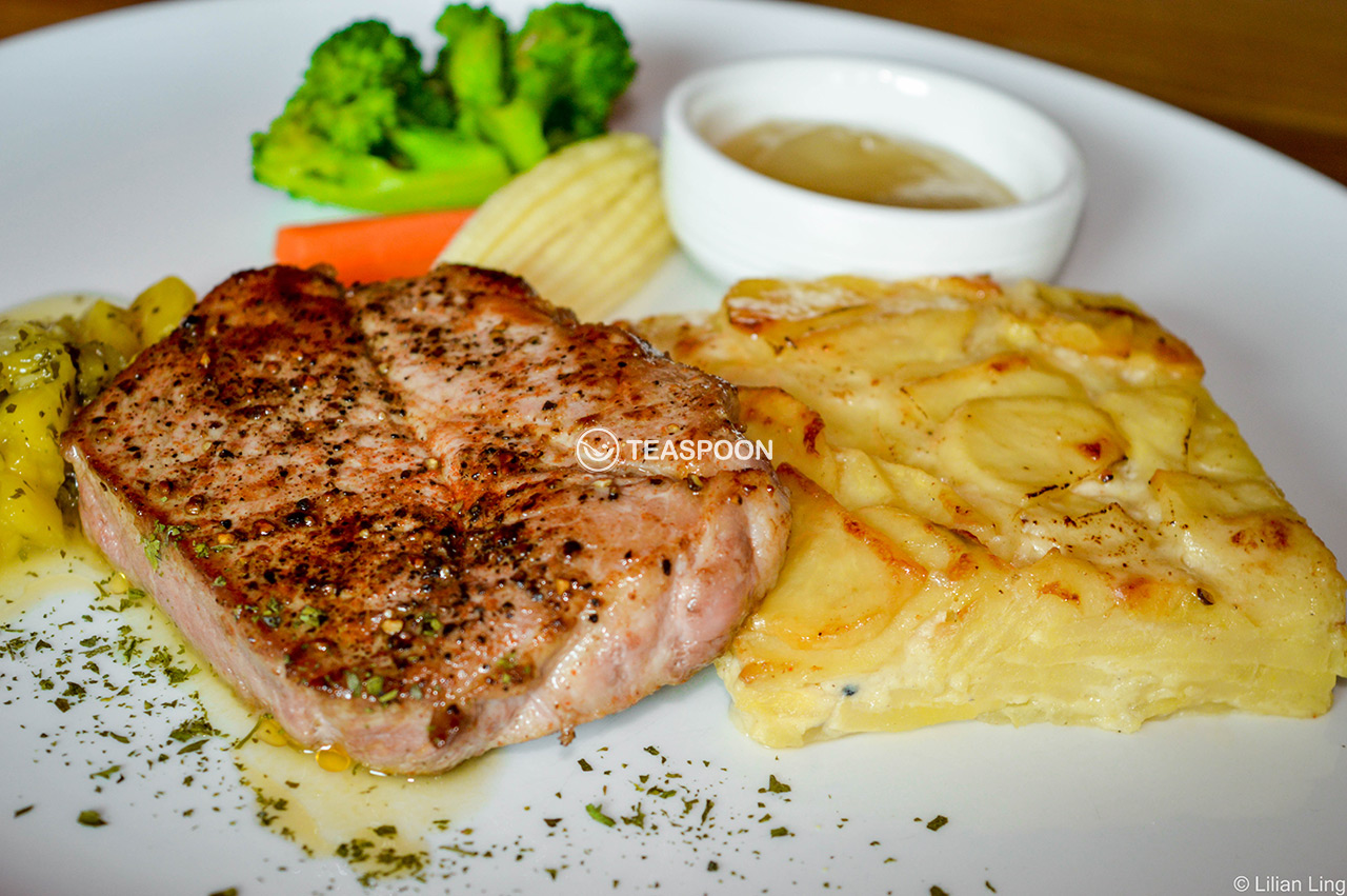 Grilled Pork Neck Steak (2)