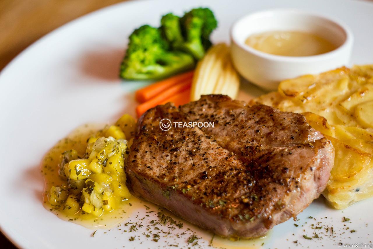 Grilled Pork Neck Steak (7)