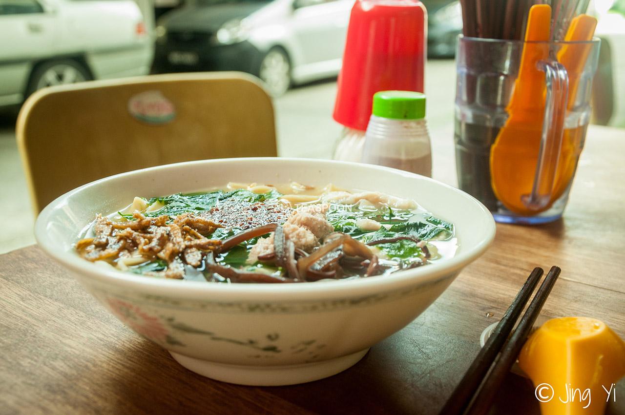 Pan mee soup (3)
