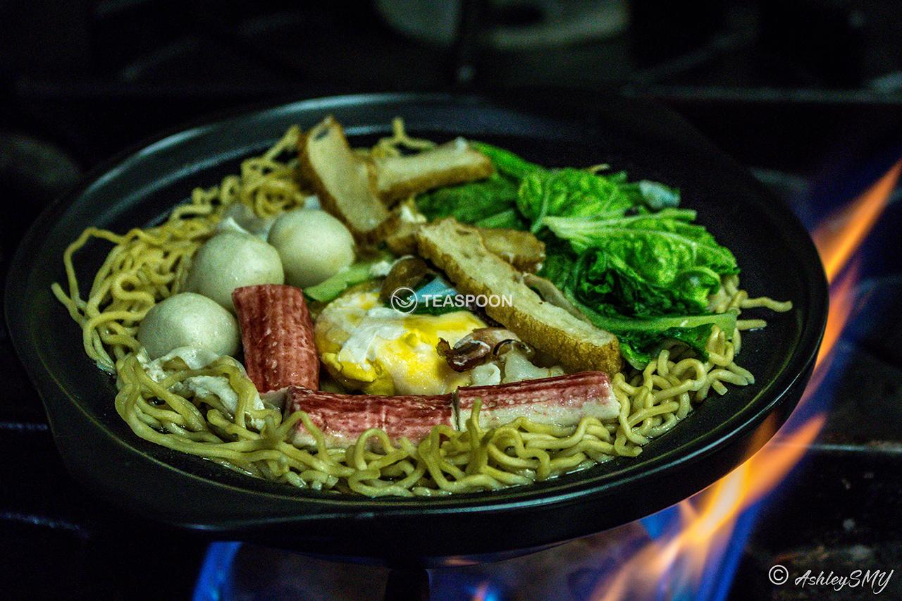 Seafood Claypot Mee (Cook) copy