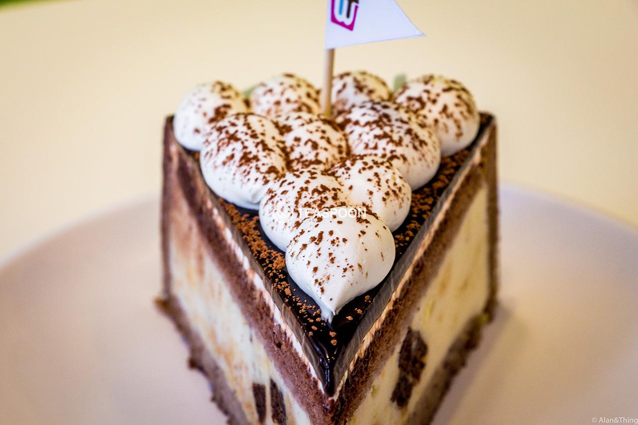 vanilla-cake-(1)